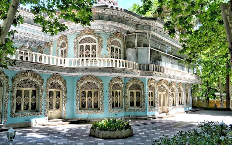 گشت و گذار در موزه زمان تهران