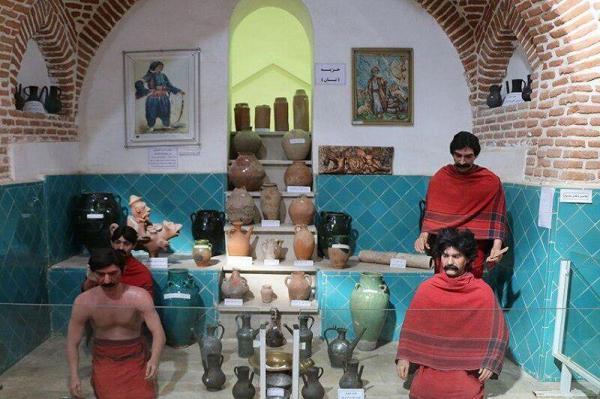 خبرنگاران اشیای تاریخی و فرهنگی سردشت برای راهاندازی موزه جمعآوری میشود