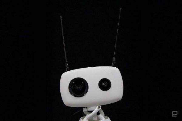روباتی که با واقعیت مجازی کنترل می گردد