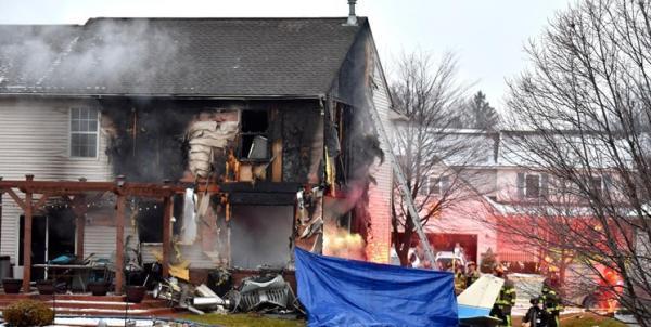 سقوط هواپیمای آمریکایی بر منازل مسکونی در می سی سی پی