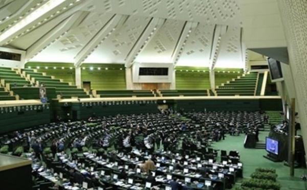 تصویب کلیات طرح الزام دستگاه های اجرایی به پاسخگویی به تذکرات نمایندگان، در کمیسیون آیین نامه