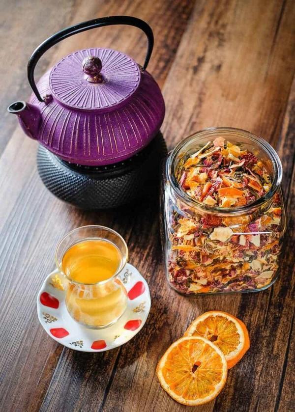 مقاله: طرز تهیه چای و دمنوش طبیعی با انواع میوه در خانه